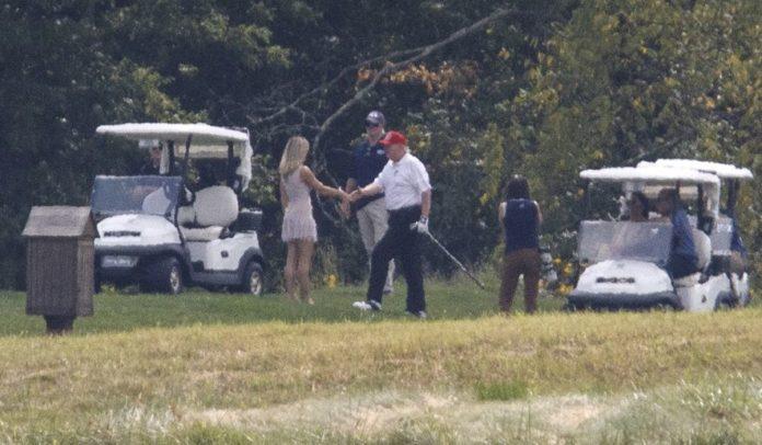 Usa 2020 - 163 - trump - golf