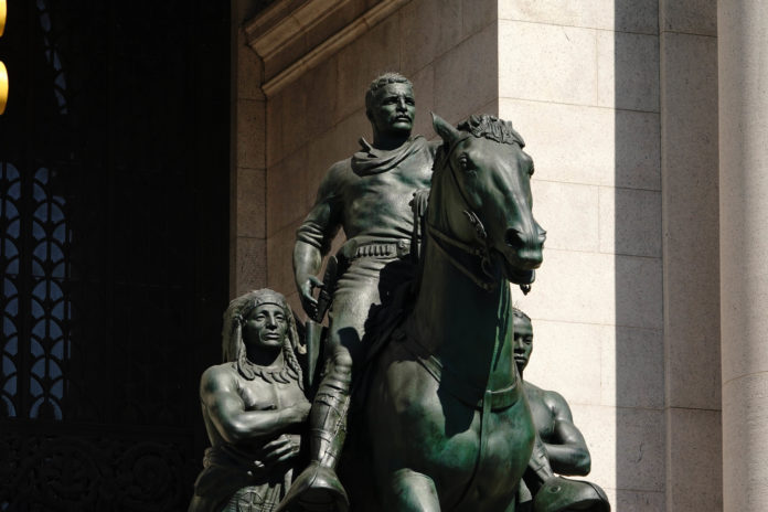 Usa 2020 - 129 - statue
