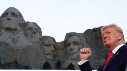 Usa 2020 - 122 - Trump - Mount Rushmore