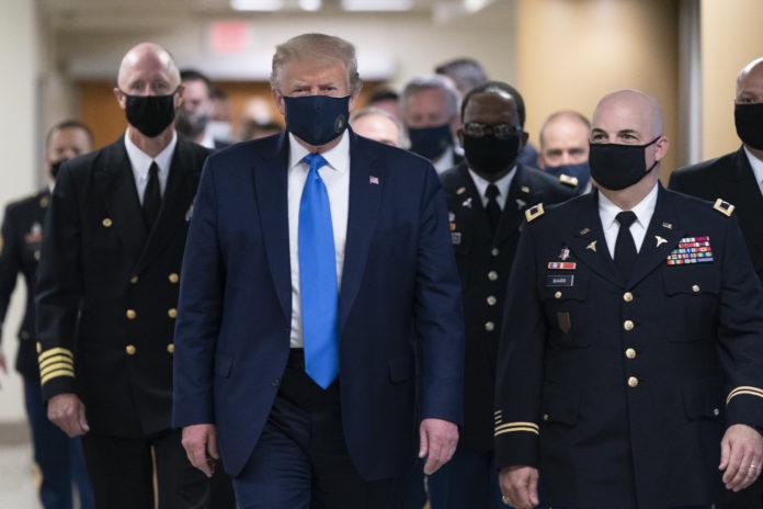 Usa 2020 - 114 - Trump - ospedale - mascherina