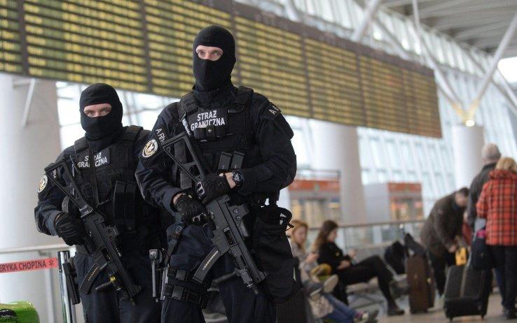 controlli all'aereoporto di bruxelles