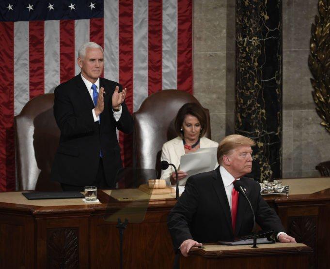 Trump - Pelosi - discorso stato dell'Unione