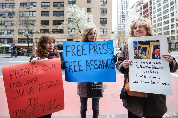 Assange - arresto - Trump