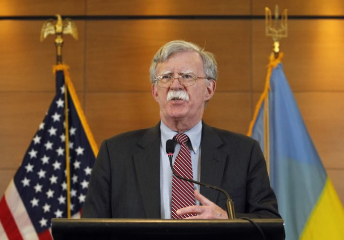 Usa - impeachment - Bolton - bozza