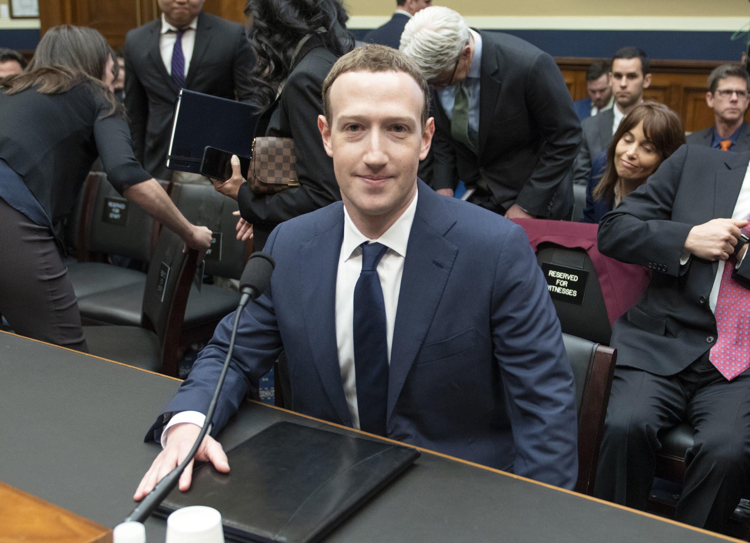 Trump - Twitter - Facebook - Zuckerberg
