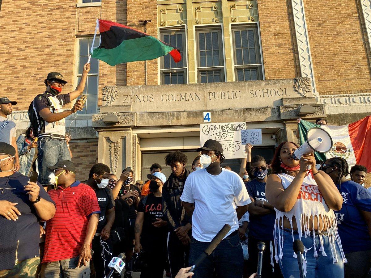 Usa - razzismo - scuole - neri