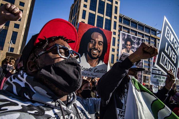 210309 Usa - Floyd - Minneapolis - proteste - giuria