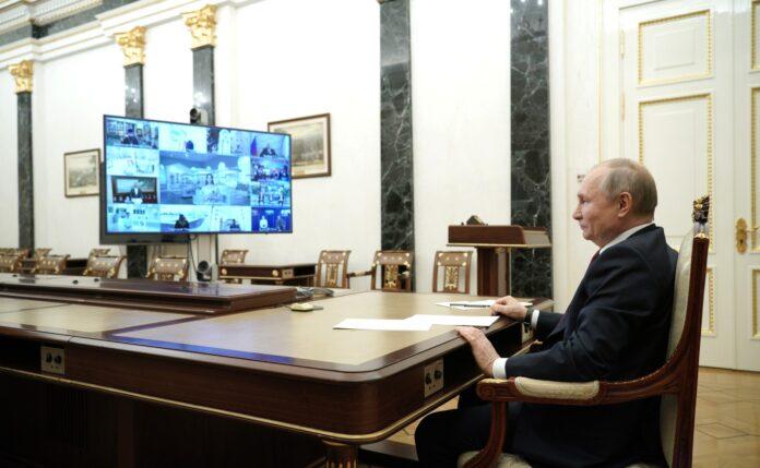 210319 Putin - Biden - assassino - Forrest Gump