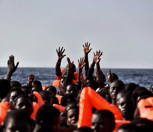 Settimanale - cronaca - migranti